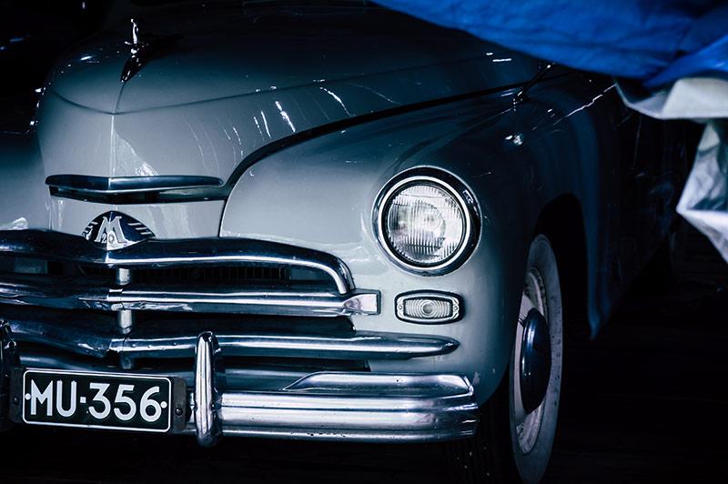 Entisöity museoauto